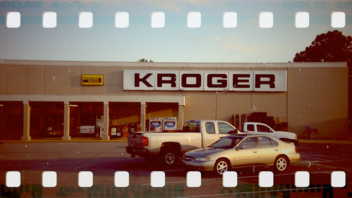 Kroger (35mm Molga Color)