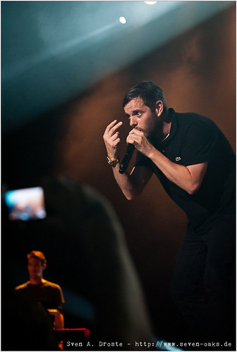 Mike Skinner / The Streets
