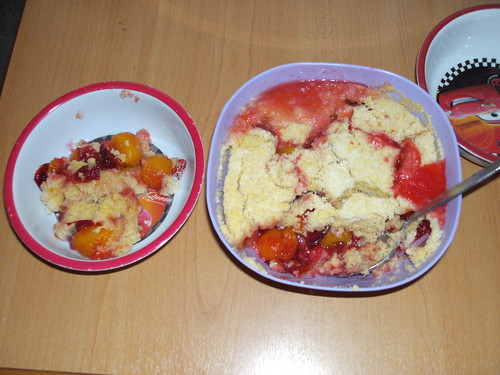 microwave plum crumble