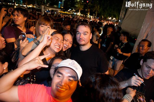 Basti Artadi with Fans