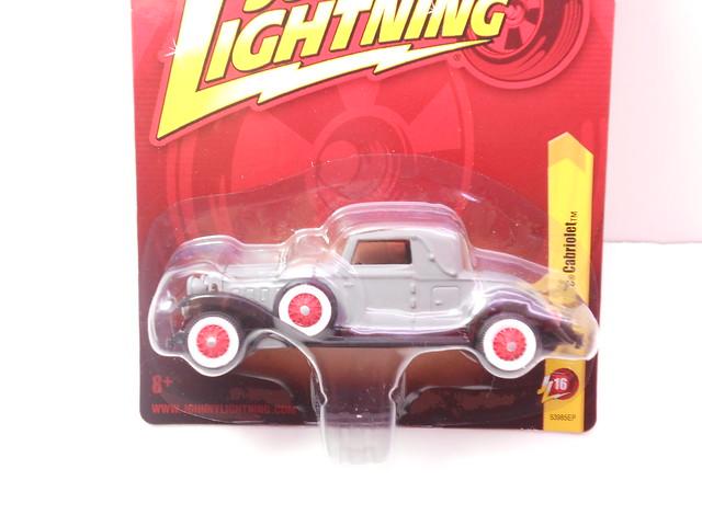 johnny lightning 1931 cadillac cabriolet grey (2)