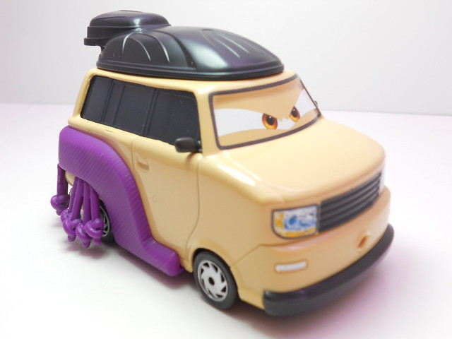 disney cars 2 kingpin nobunaga (3)