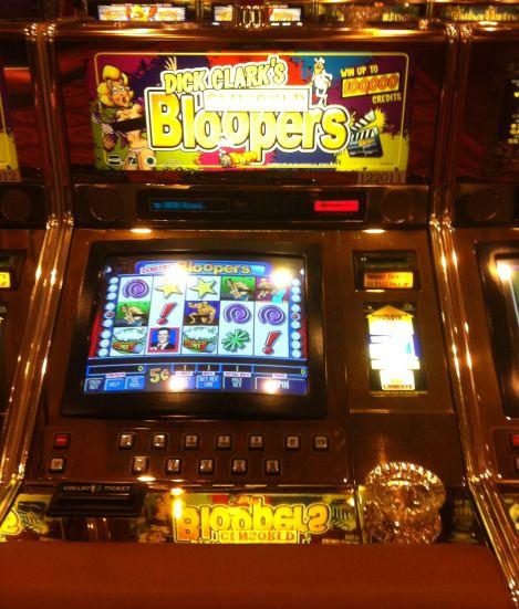 Dick Clark's Bloopers slots