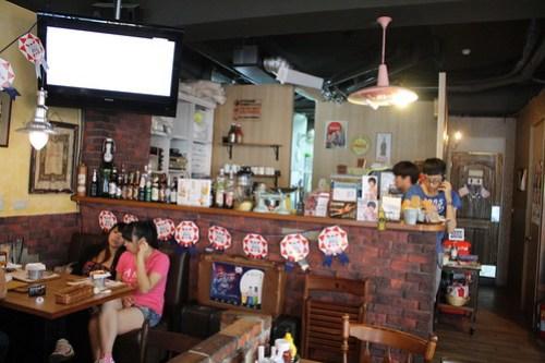 [台湾2.5] 1885 BURGER STOREの店内