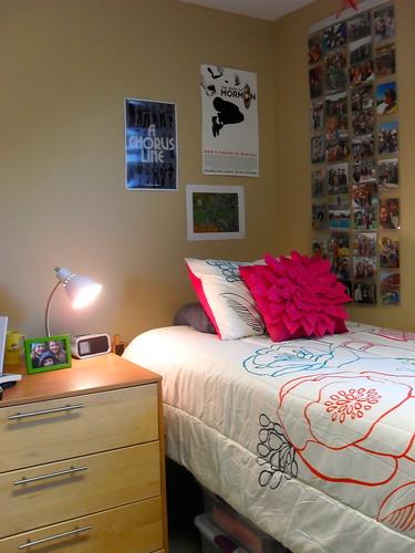 Kelseys Colorful Organized Dorm