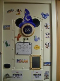 New fun idea for cabin door decoration