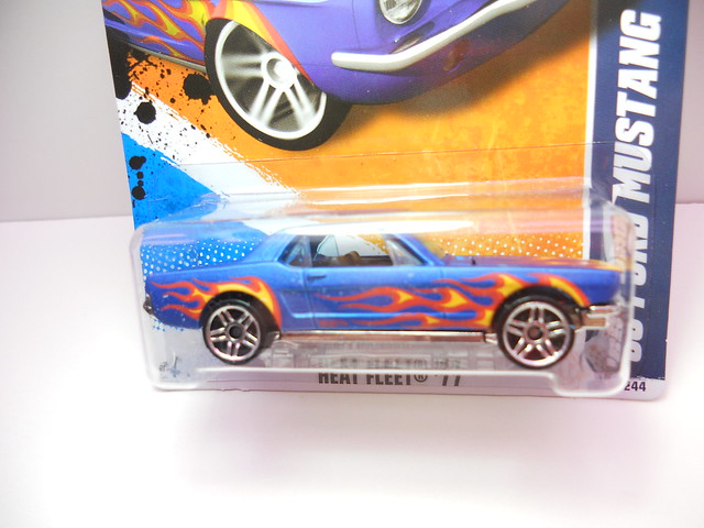 hot wheels '65 ford mustang blue w flames (2)