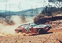 Datsun_Safari_1971_R2