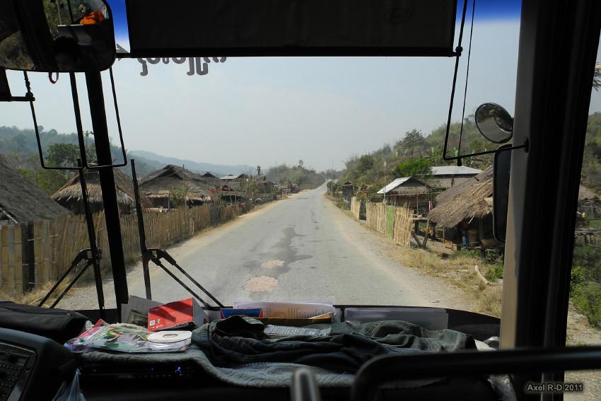 Pang Nam Het Tourist Guide Myanmar Advisor Travel