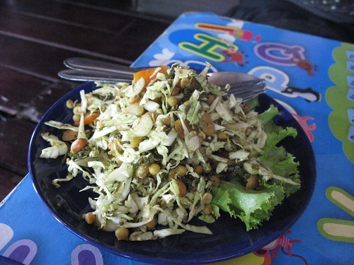 burmese tea leaf salad