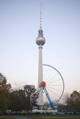 Halbes Riesenrad in Berlin