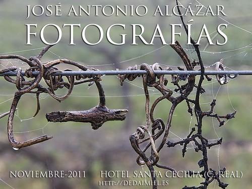 Cartel de la exposición en el Hotel Santa Cecilia