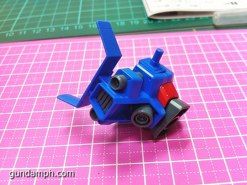 1 144 HG Gundam AGE-1 Normal Review OOB Build  (19)