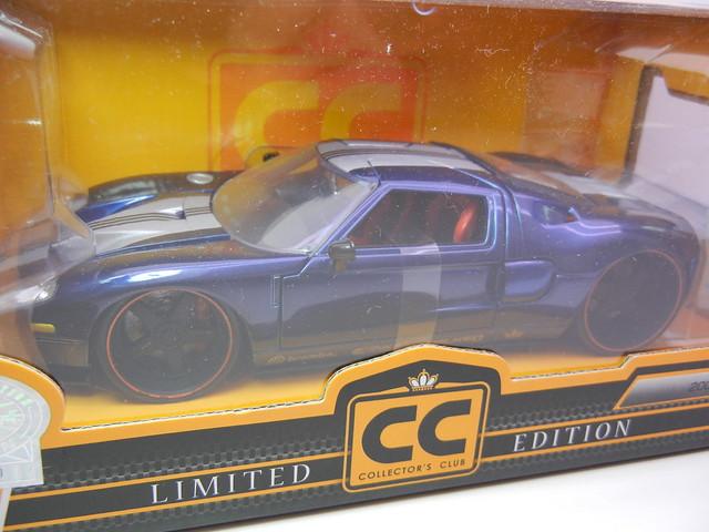 jada toys 2006 Ford GT Navy (2)