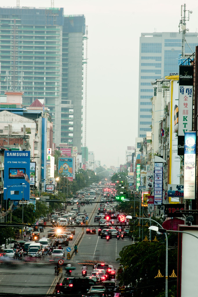 Monivong Blvd.