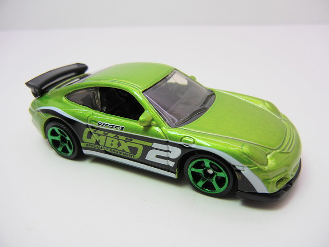 matchbox porsche 911 gt3 green (2)