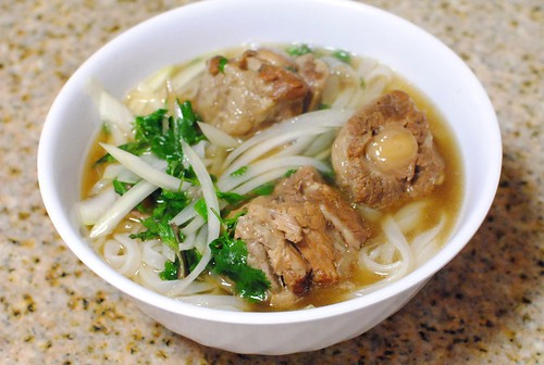 oxtail pho2