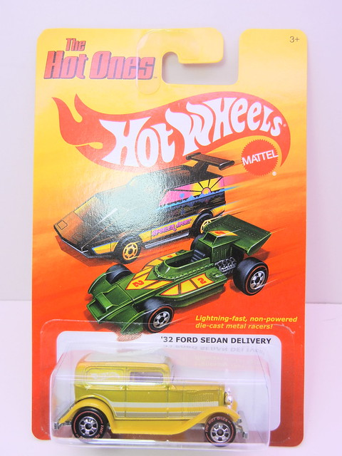 hot wheels hot ones '32 ford sedan delivery redline chase (1)