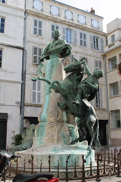 Monument à la mémoire d'Eugène Fromentin