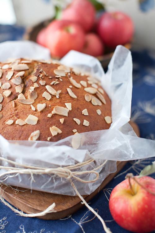 Apple_Almond_Bread_2