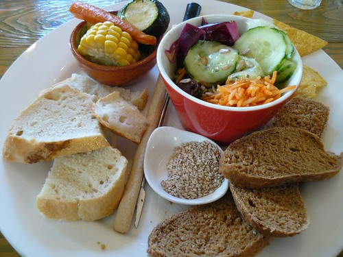 Bread & veggies