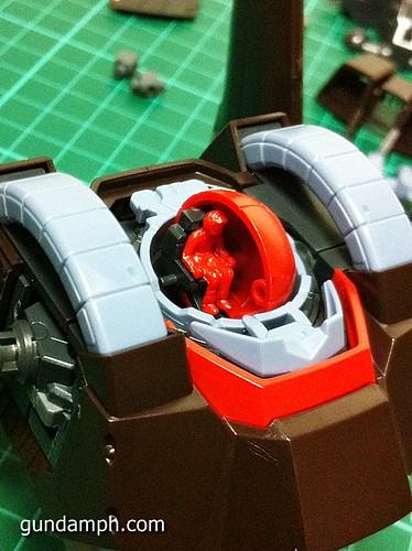 MG Rick Dias Quattro Custom RED Review OOB Build (24)