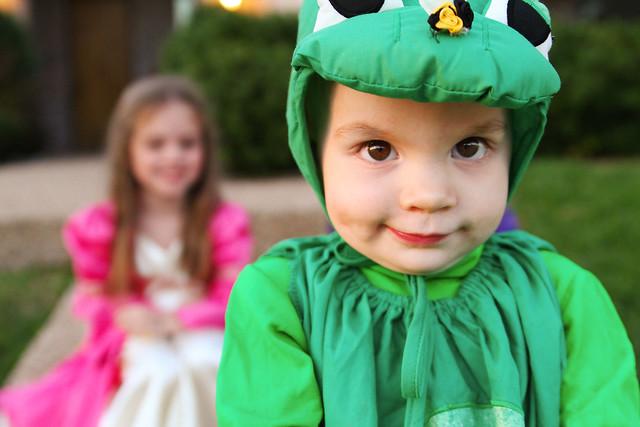 2011 Halloween: Princesses & the Frog