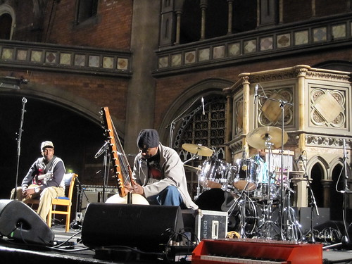 Toumani soundchecking at the Union Chapel