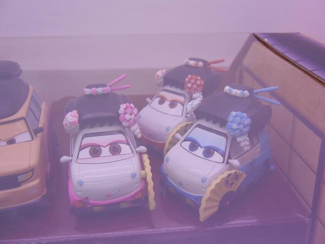 disney store cars 2 travelin' through tokyo diecast set (4)