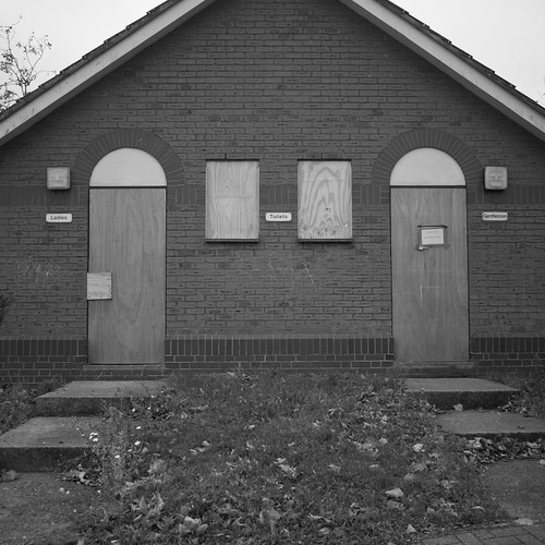 Public Toilets (Closed)