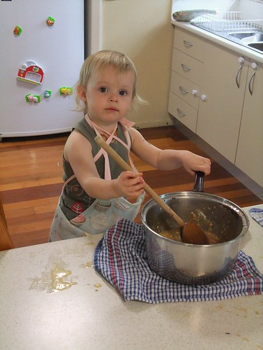 P makes a cake