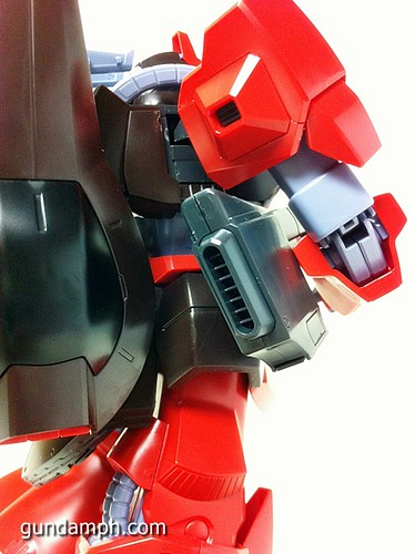 MG Rick Dias Quattro Custom RED Review OOB Build (56)