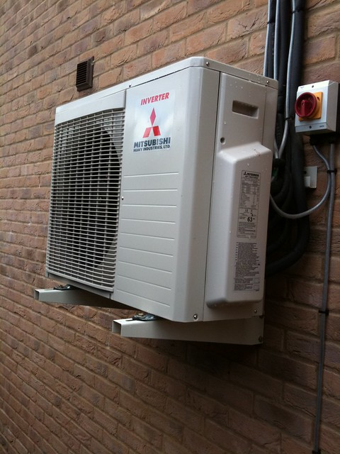 Outdoor Unit Mitsubishi Electric Air Conditioning Unit Mitsubishi