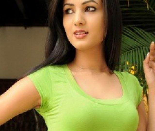 Hot Spicey Bollywood Babe