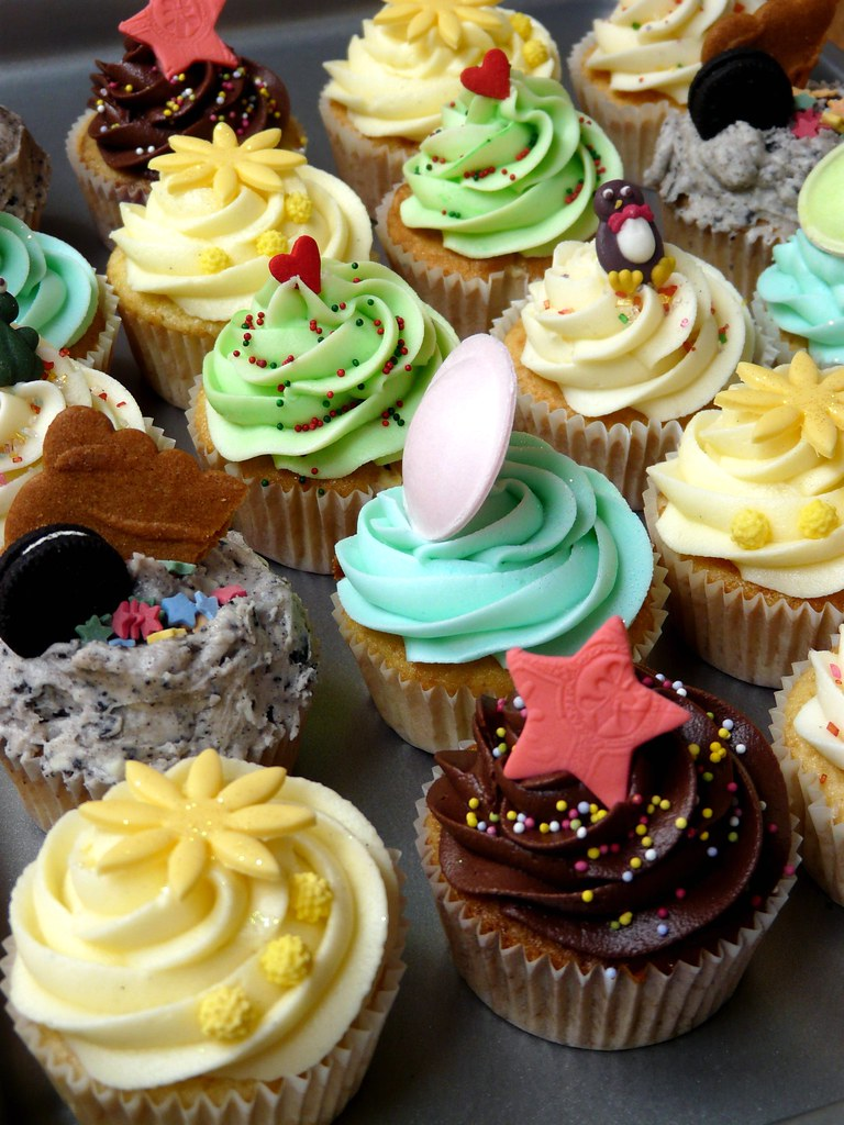 Treat yourself to cupcakes after a good week's training