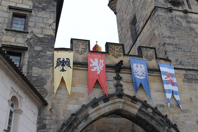 L'heure, sonnée depuis les Tours de la basse ville, Pont Charles, Prague
