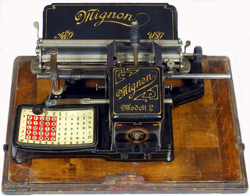 Mignon 2 typewriter - 1905, www.antiquetypewriters.com