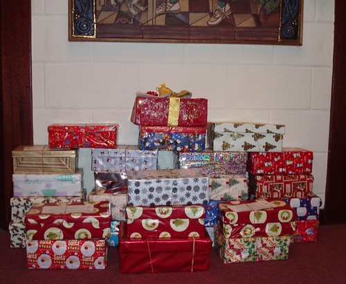 Blythswood Christmas Shoebox Appeal 2011