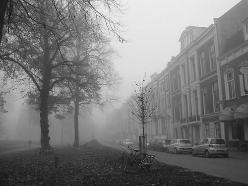 Een Andere Straat in de Mist