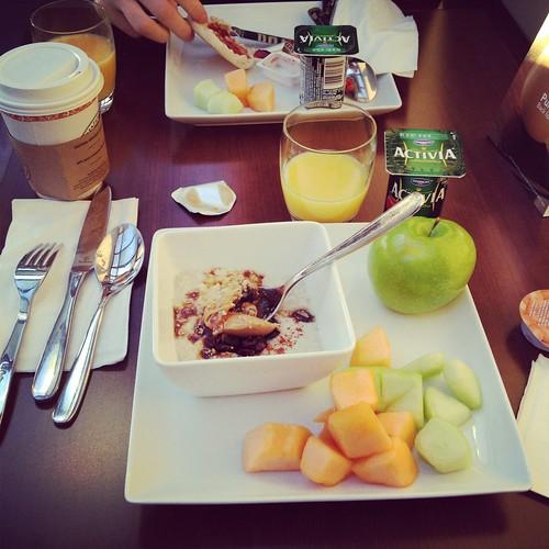 Hyatt Place hotel breakfast