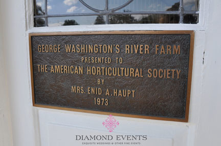 Plaque on the front of River Farm presented by George Washington