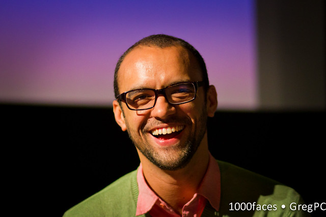 Face - @maumota: smiling man with stubble and glasses
