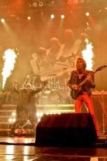 Judas Priest & Black Label Society-4946-900