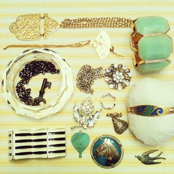 The rest of my thrifted Jewelry. Some vintage, some not. All awesome.