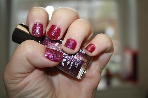 glittered nails