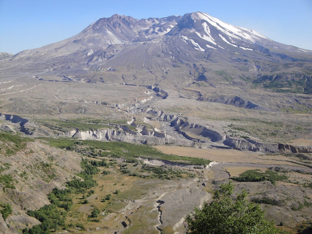 Mt St Helens - looking south
