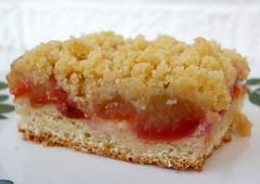 Pflaumenkuchen (plum cake)