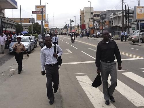 Awolowo Road, Ikoyi Lagos. President Goodluck Jonathan Traffic Stop. by Jujufilms