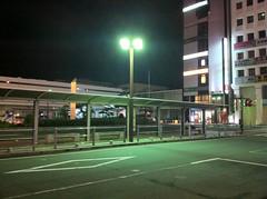 終電後の沼津駅前