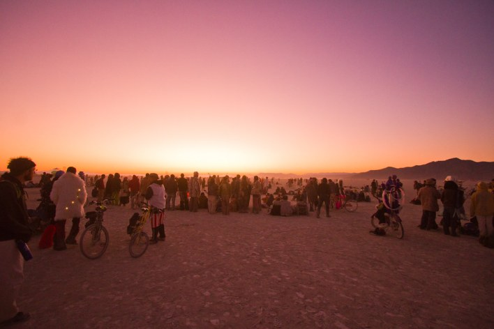 850BurningMan2011_MikeHedge_0023_7D